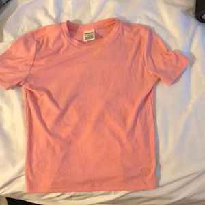 cropped pink t